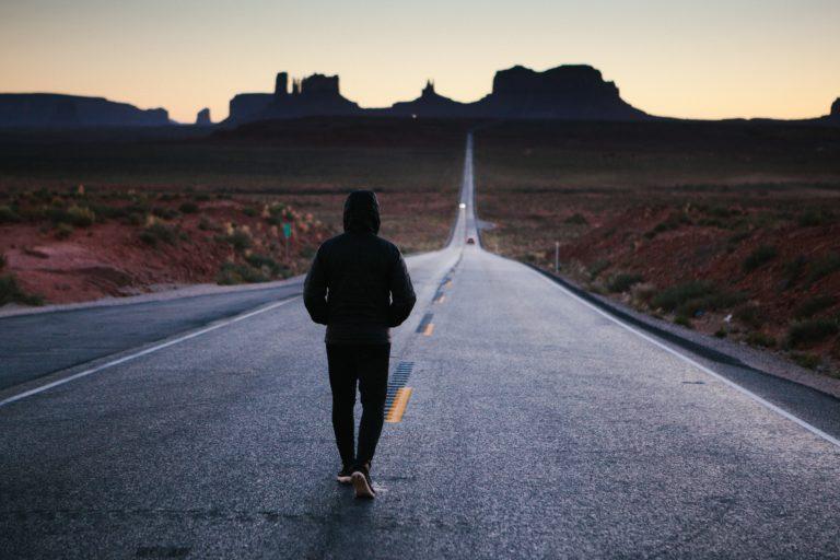 was bedeutet Disziplin erklärt mit mann, der joggt