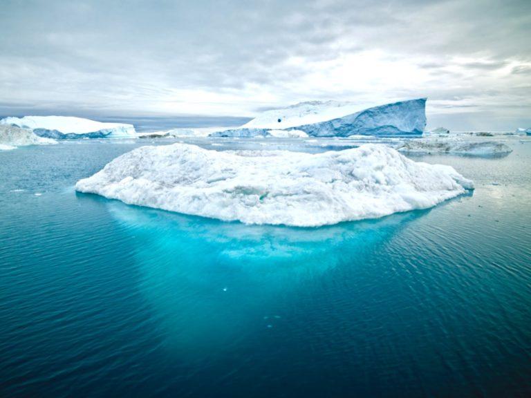 Unterbewusstsein beeinflussen beschrieben durch einen Eisberg