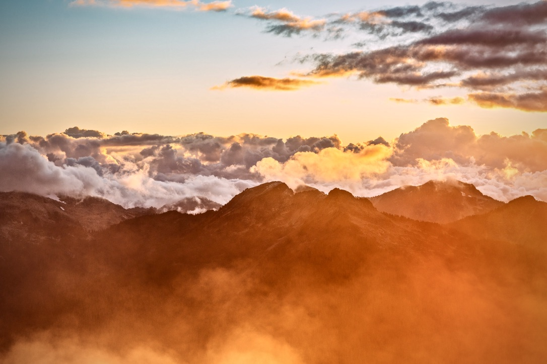 Akzeptieren lernen beschrieben durch ein Bergpanorama