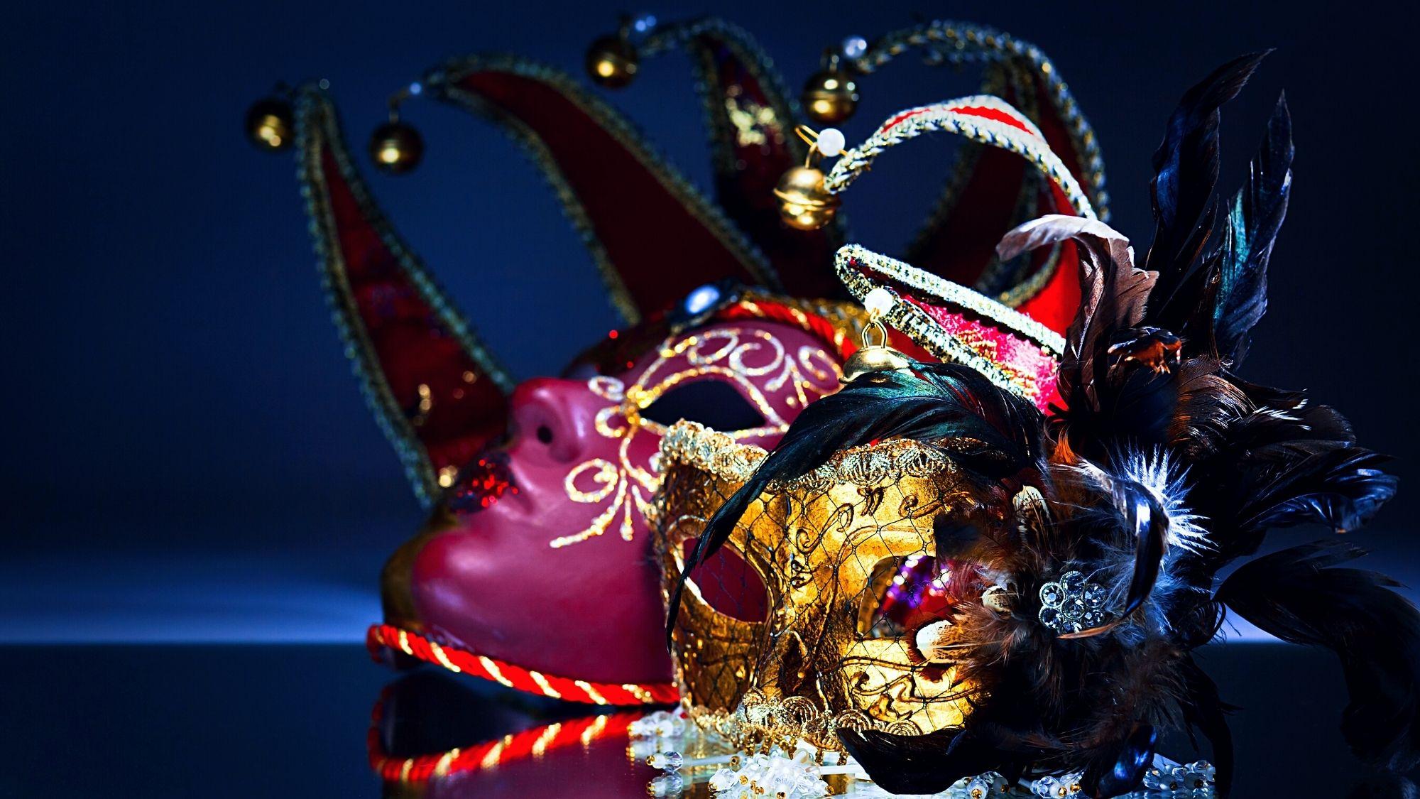 Was ist das Ego dargestellt anhand zwei Karnevalsmasken